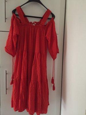 H&M Off-The-Shoulder Dress red