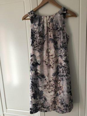 H&M Vestido de tubo gris claro