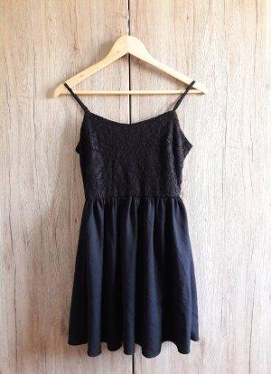 H&M Spitzen Babydoll Kleid schwarz Gr. 36