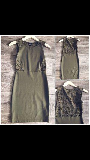 H&M Spitzen Kleidchen