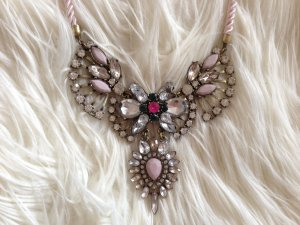 H&M Statement-Kette mit rosafarbener Kordel