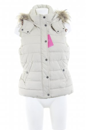 H&M Quilted Gilet cream casual look