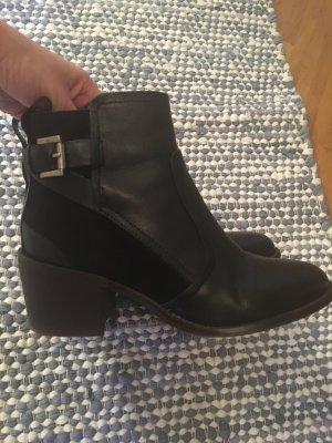 H&M Stiefelette schwarz