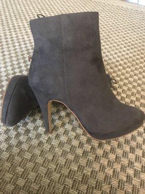 H&M Stiefeletten grau velours Leder Blogger Stiefel wildleder booties 41