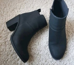 H&M Zipper Booties black-silver-colored