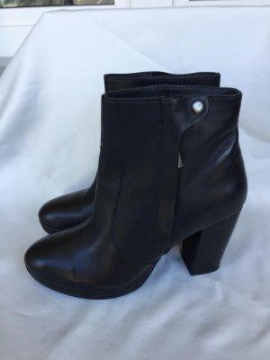 H&M Stiefelletten schwarz gr 41 Echt Leder