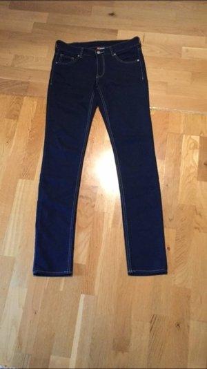 H&M Stretch Jeans Gr. 38 - neu - ungetragen - perfekt für den Frühling