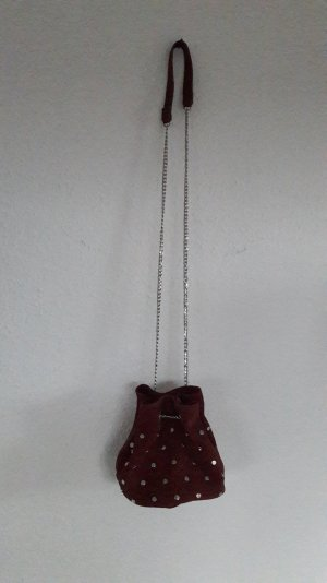 H&M Suede Wildleder Nieten Studs Bucketbag Beutel Beuteltasche Tasche Bordeaux