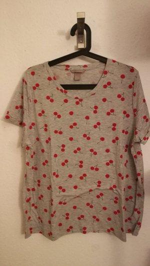 H&M+ T-Shirt mit Kirschmuster in XL