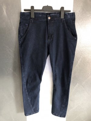 H&M • Tapered Low Waist Ankle Jeans W 28