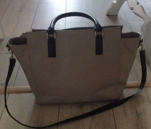H&M Tasche beige schwarz Riemen Blogger Handtasche