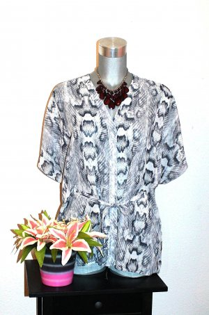 H&M Tunika Bluse gr. 40/42 Animal Print Grau Transparent