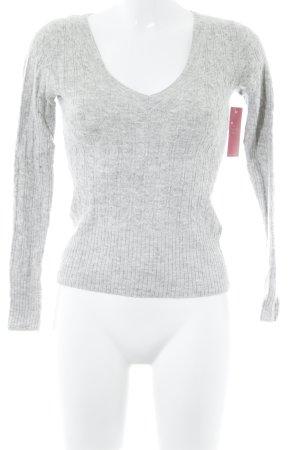 H&M V-Ausschnitt-Pullover hellgrau Zopfmuster Casual-Look