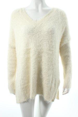 H&M V-Ausschnitt-Pullover wollweiß Kuschel-Optik