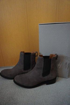 H&M Veloursleder Chelsea Boots