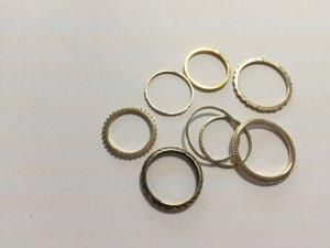 H&M verschiedene goldfarbene Ringe
