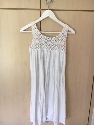 H&M - Weißes Sommerkleid mit Spitze