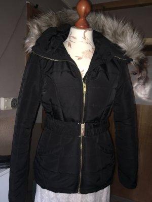 H&M Winterjacke in schwarz