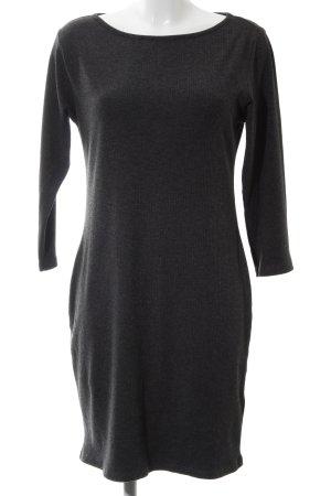 H&M Vestido de lana negro moteado look casual