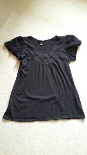 H und M schwarzes T-shirt mit süßer Spitze am Kragen