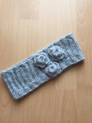 Earmuff grey-silver-colored