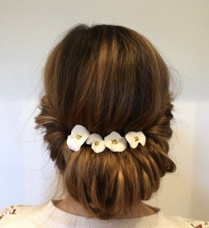 Hair Pin gold-colored-white