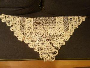 Écharpe en crochet beige clair
