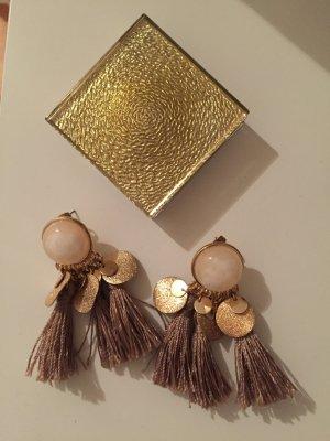 Hänger-Ohrringe von H&M mit Quasten
