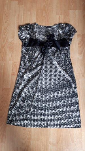 Hängerkleid mit Schleife