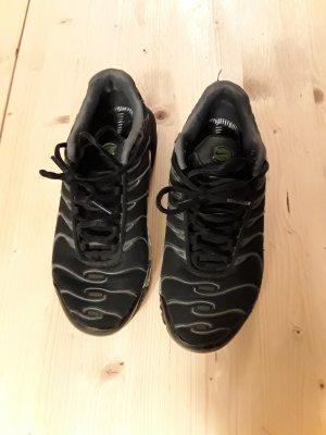 Haifish Nike