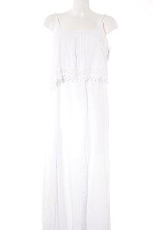 Hailys schulterfreies Kleid weiß klassischer Stil