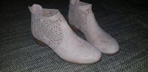 halb Stiefelchen