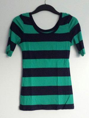 Halbarm-Shirt mit Streifen
