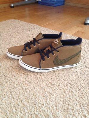 Halbhohe Sneaker Nike