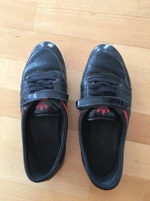 Halbschuhe Adidas
