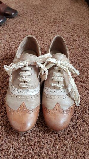 Halbschuhe Budapester Stil - Oxford Schuhe, hellbraun / beige Gr. 39