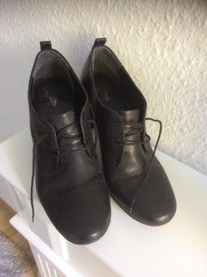 Venturini Lace Shoes black
