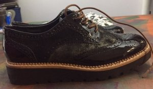 Catwalk Zapatos brogue negro