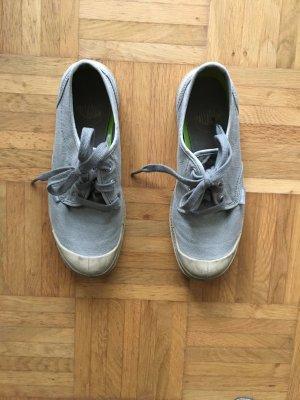 Halbschuhe Sneaker Trekking Schuhe von Palladium Natur Sand Khaki beige