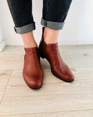 Halbstiefel/ BOSS Chelsea Boots Farbe Cognac