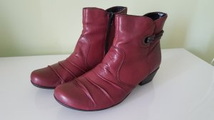 Remonte Buskins carmine leather