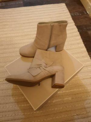 Tamaris Halfhoge laarzen licht beige