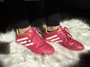 Hallenfußball-Schuhe