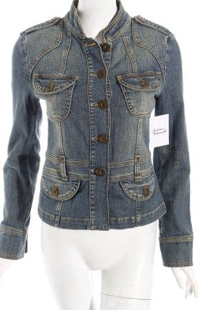 Hallhuber Jeansblazer hellblau Street-Fashion-Look
