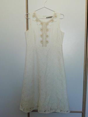 Hallhuber Kleid mit grober Spitze