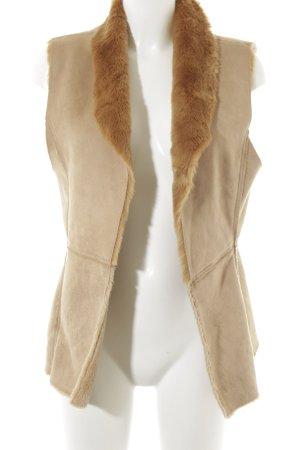 Hallhuber Kunstfellweste camel Street-Fashion-Look