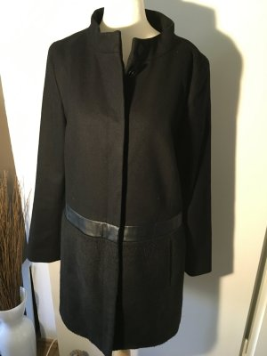 Hallhuber Mantel schwarz Gr.38 mit Kunstledereinsatz