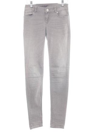Hallhuber Skinny Jeans hellgrau Schriftzug gestickt klassischer Stil