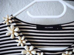 HALLHUBER Trend Piece Bretonshirt mit süßer Blüten-Schmuck Applikation