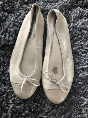 Hallhuber Wildleder Ballerinas mit schleife und Lack spitze